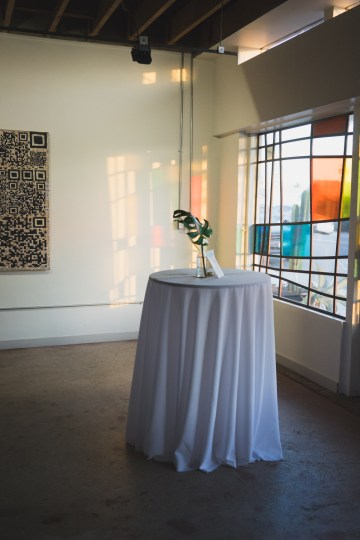 Modern Hip Taco Wedding In A Funky Gallery Venue | Claire Eliza 41