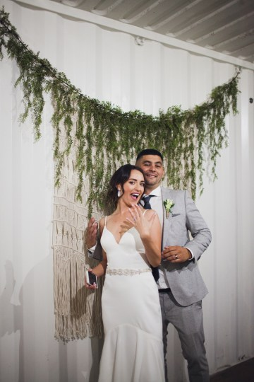 Modern Hip Taco Wedding In A Funky Gallery Venue | Claire Eliza 57