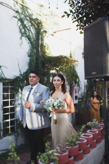Modern Hip Taco Wedding In A Funky Gallery Venue | Claire Eliza 8