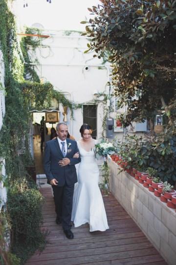 Modern Hip Taco Wedding In A Funky Gallery Venue | Claire Eliza 9