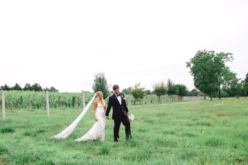 Relaxed Virginia Winery Wedding | Alison Leigh Photography 36