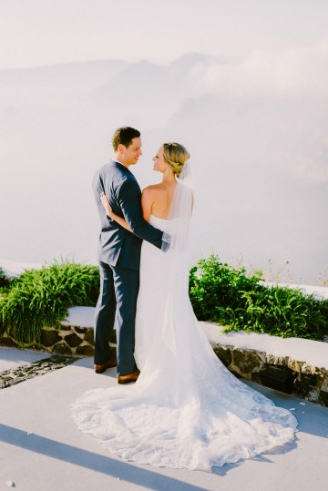 Classy Santorini Destination Wedding (With Amazing Caldera Views!) | Elias Kordelakos 18