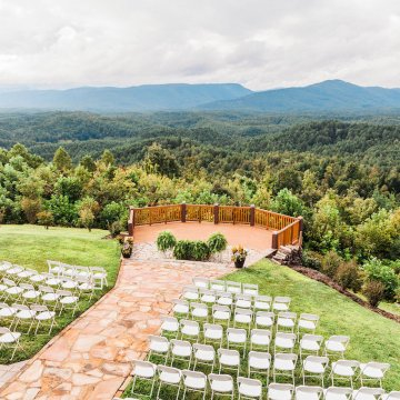 Rustic Carolina Mountain Lodge Wedding | Common Dove Photography 42