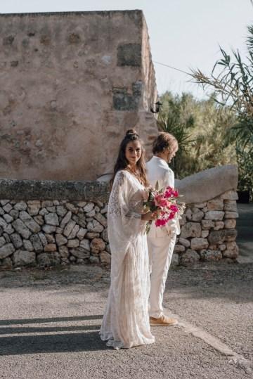 Wild, Spanish Wedding Inspiration For Bohemian Brides | IDO Events | Kevin Klein 22