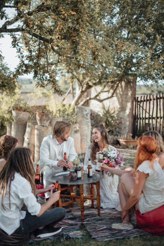 Wild, Spanish Wedding Inspiration For Bohemian Brides | IDO Events | Kevin Klein 25