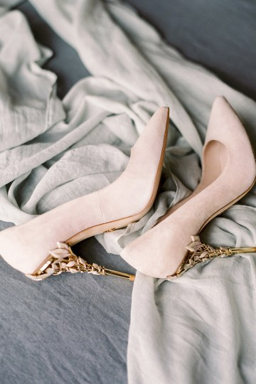Citrus & Peach Chateau Wedding Inspiration | Lucy Davenport 14