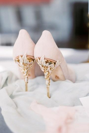 Citrus & Peach Chateau Wedding Inspiration | Lucy Davenport 15