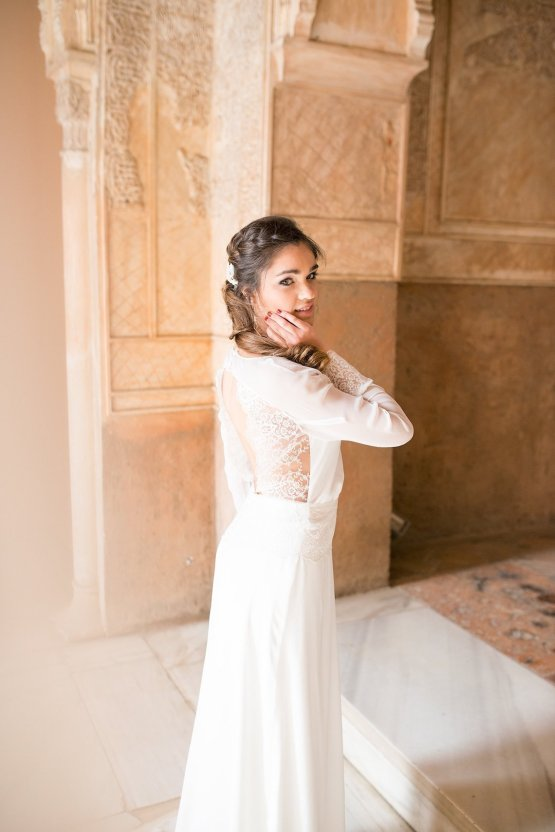 Gilded Arabic & Spanish Wedding Inspiration | Anna + Mateo 10