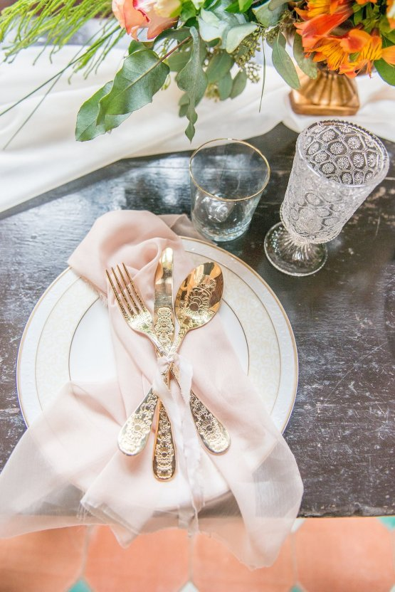 Gilded Arabic & Spanish Wedding Inspiration | Anna + Mateo 30
