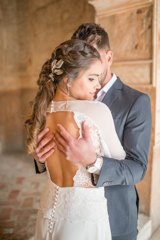 Gilded Arabic & Spanish Wedding Inspiration | Anna + Mateo 39