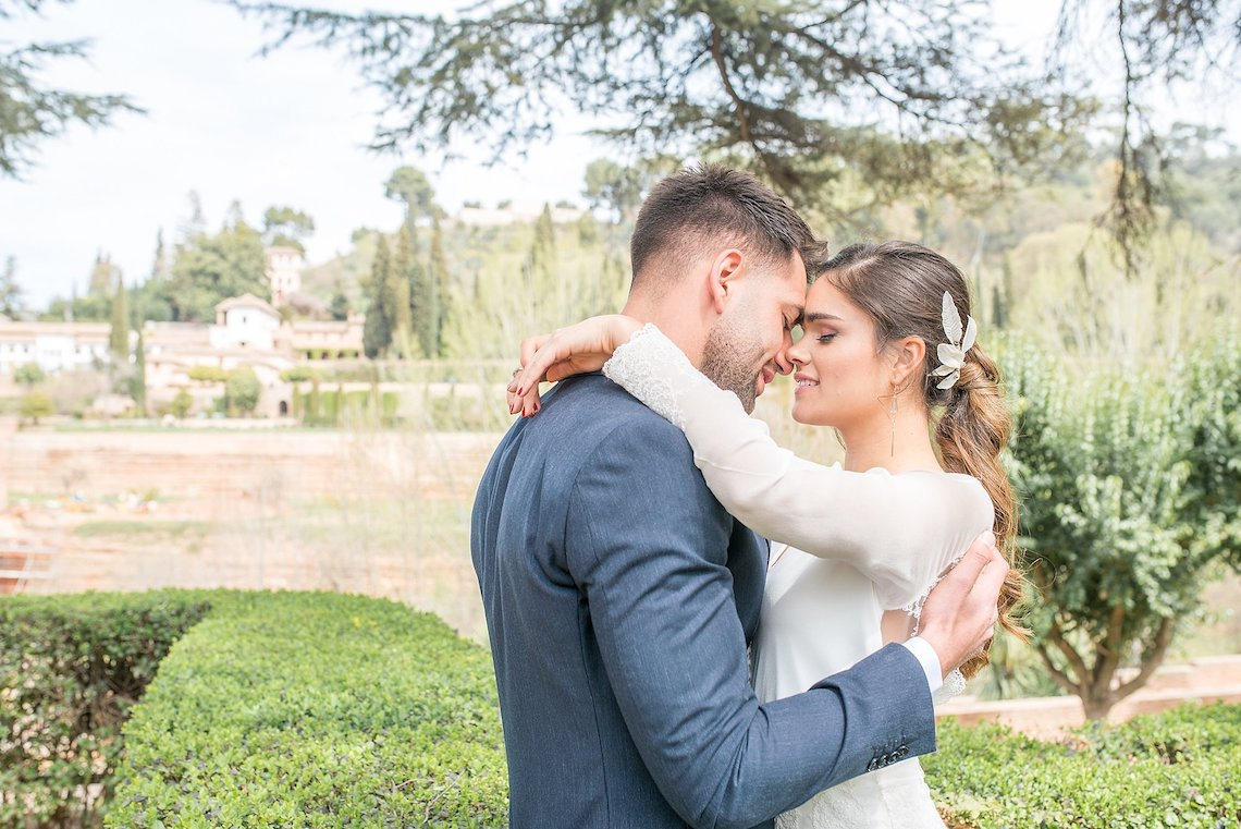 Gilded Arabic & Spanish Wedding Inspiration | Anna + Mateo 46