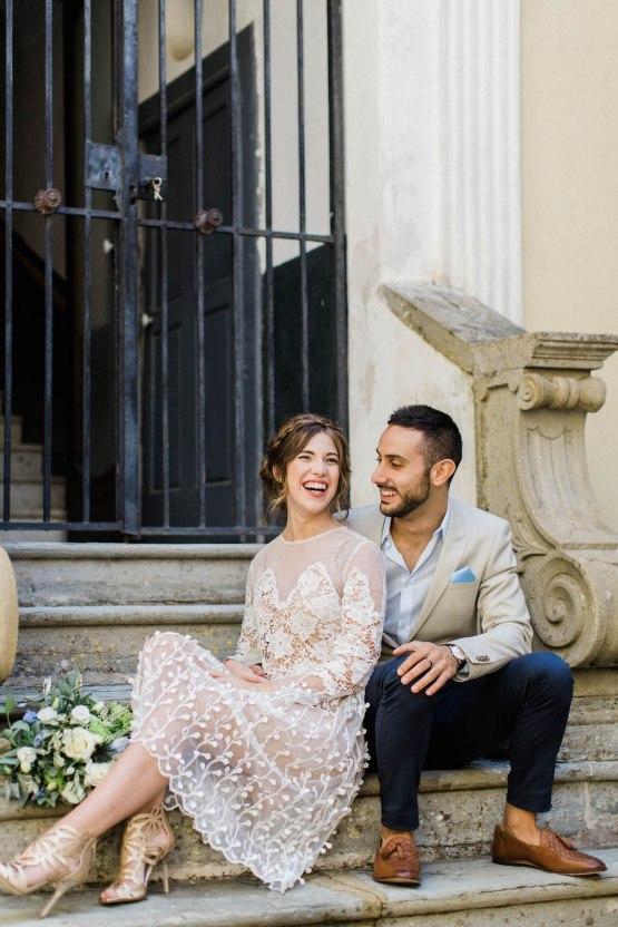 Italian Alleyway Elopement Inspiration | Danielle Smith Photography 8