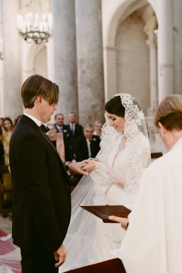 Luxurious Italian Cathedral Wedding On The Seaside | Serena Cevenini 34