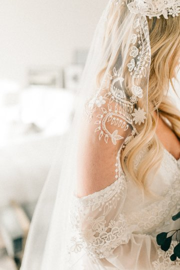 Midcentury Modern Desert Wedding Made Of Boho Dreams | Vienna Glenn 9