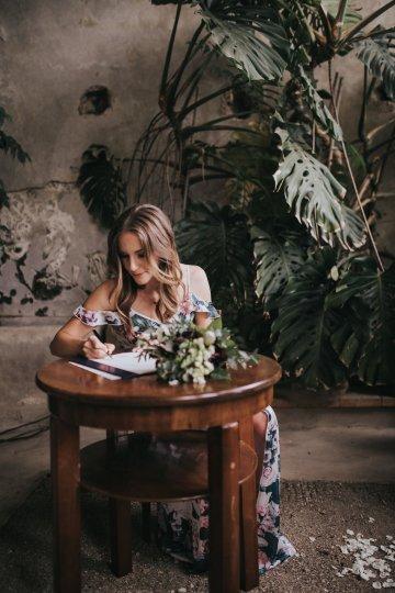 Monstera Leaves & Artichokes; A Hip Slovenian Wedding   Karen Willis Holmes Bridal   Aljosa Videtic 24