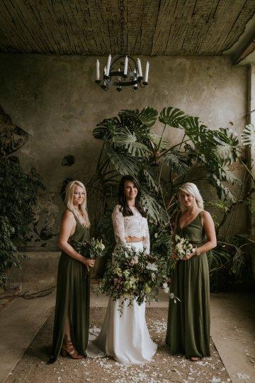 Monstera Leaves & Artichokes; A Hip Slovenian Wedding   Karen Willis Holmes Bridal   Aljosa Videtic 27