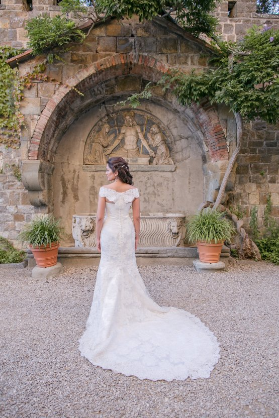 Practically Royal Tuscan Wedding | Storyett Photography 13
