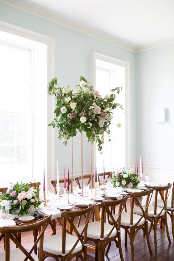 Swanky London Wedding Inspiration Filled With Pretty Dessert Ideas | Amanda Karen Photography 22