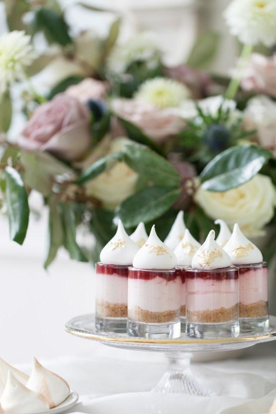 Swanky London Wedding Inspiration Filled With Pretty Dessert Ideas | Amanda Karen Photography 33