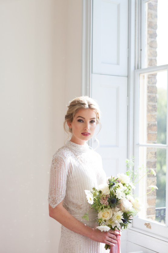 Swanky London Wedding Inspiration Filled With Pretty Dessert Ideas | Amanda Karen Photography 36