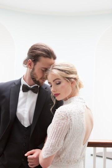 Swanky London Wedding Inspiration Filled With Pretty Dessert Ideas | Amanda Karen Photography 56