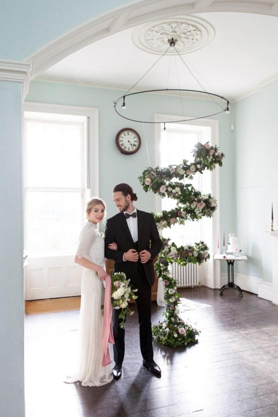 Swanky London Wedding Inspiration Filled With Pretty Dessert Ideas | Amanda Karen Photography 58
