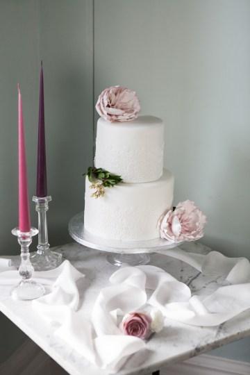 Swanky London Wedding Inspiration Filled With Pretty Dessert Ideas | Amanda Karen Photography 64