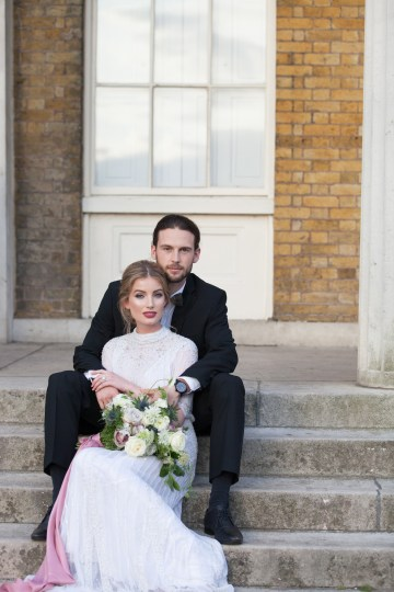 Swanky London Wedding Inspiration Filled With Pretty Dessert Ideas | Amanda Karen Photography 68