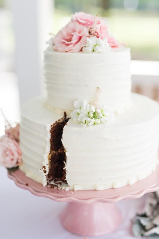 Sweet & Intimate Southern Brunch Wedding | Laura Barnes Wedding 15