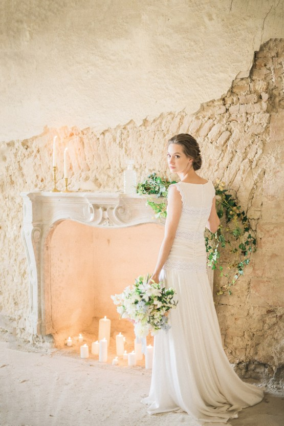 Ornate Candelit Peach & Blue Wedding Inspiration | Gabriela Jarkovska 4