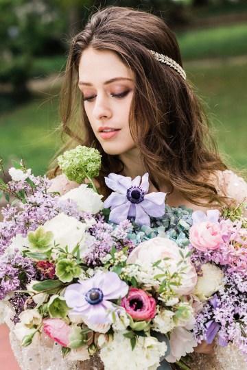 Sparkling Art Deco Wedding Inspiration From NYC | Mibellarosa | Jenny Fu Studio 29