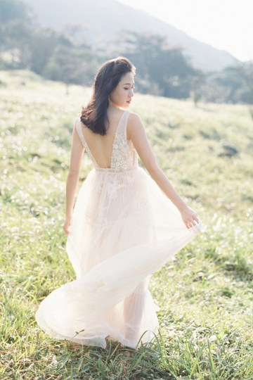 Whimsical Meadow Wedding Inspiration With Dried Florals   Olea & Fig Studio   The Stage Photography 31
