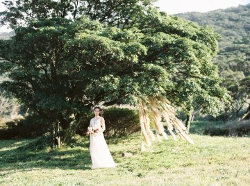 Whimsical Meadow Wedding Inspiration With Dried Florals   Olea & Fig Studio   The Stage Photography 40