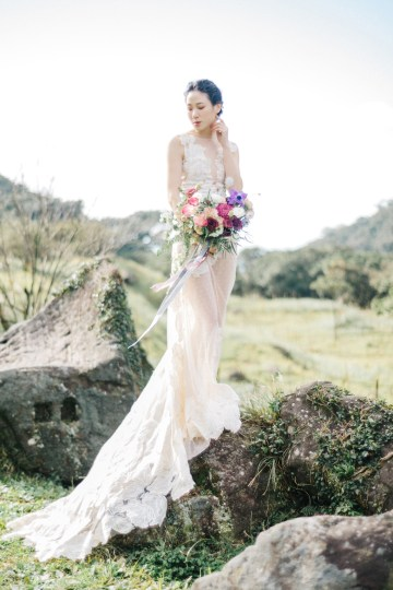 Whimsical Meadow Wedding Inspiration With Dried Florals   Olea & Fig Studio   The Stage Photography 7