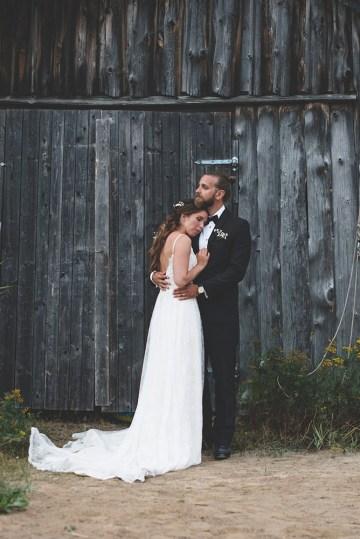 Relaxed & Woodsy Swedish Island Wedding | Sara Kollberg 11