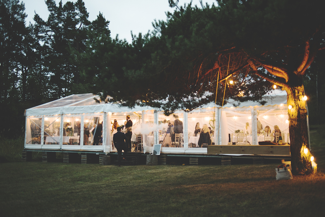 Relaxed & Woodsy Swedish Island Wedding | Sara Kollberg 28