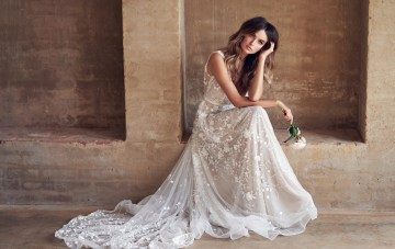 Wanderlust: The Sparkling Anna Campbell Wedding Dress Collection
