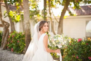 Elegant Pretty Pink Beach Wedding | Stephanie Smith 5