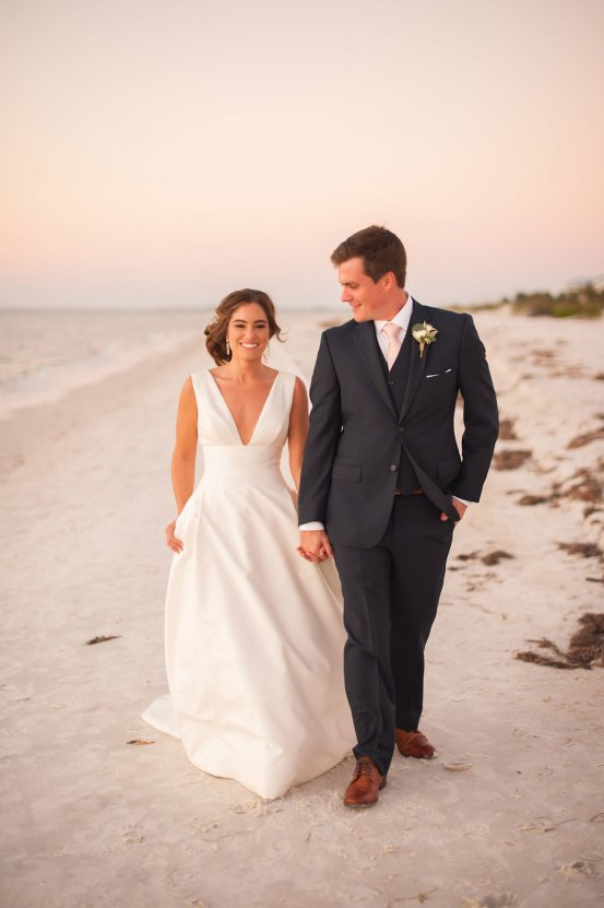 Elegant Pretty Pink Beach Wedding | Stephanie Smith 54