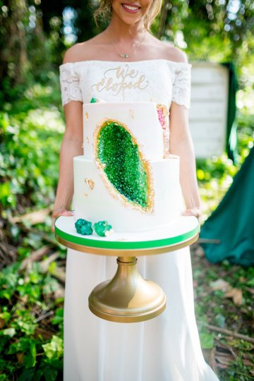 Emerald Green Elopement Inspiration – CMSours Photography 25