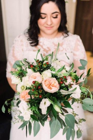 Rustic Barn Wedding Filled With Greenery | Deyla Huss Photography 10