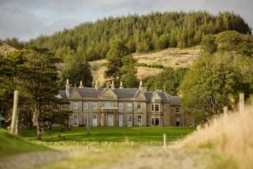 Wild & Adventurous Isle of Skye Elopement   Your Adventure Wedding 2