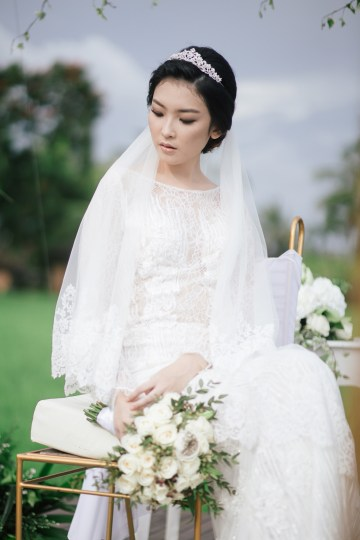 Zen Balinese Wedding Inspiration With A Dazzling Tiara   Nej Photo   Chere Weddings 17