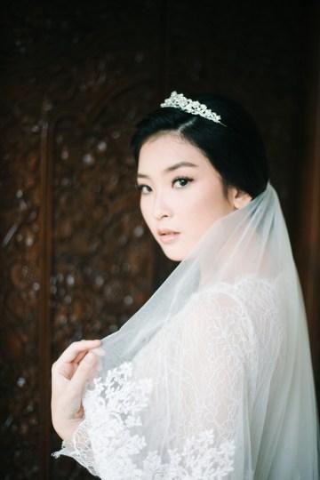 Zen Balinese Wedding Inspiration With A Dazzling Tiara   Nej Photo   Chere Weddings 25