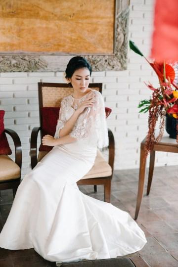 Zen Balinese Wedding Inspiration With A Dazzling Tiara   Nej Photo   Chere Weddings 53