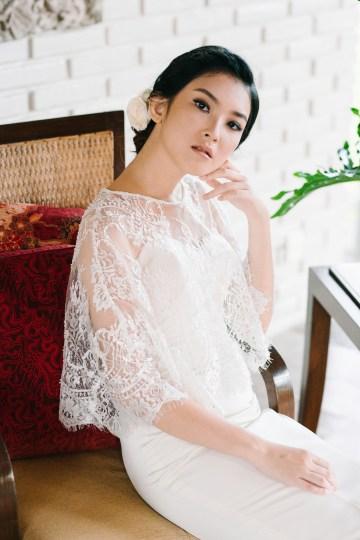 Zen Balinese Wedding Inspiration With A Dazzling Tiara   Nej Photo   Chere Weddings 59