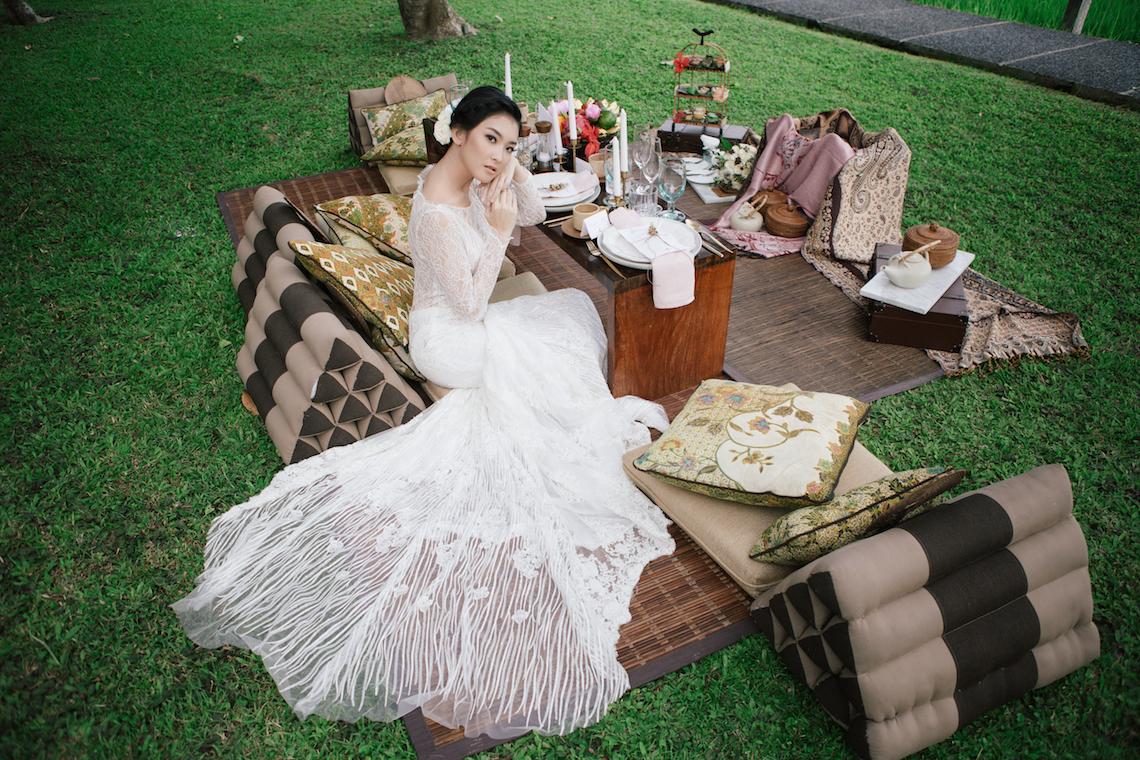 Zen Balinese Wedding Inspiration With A Dazzling Tiara | Nej Photo | Chere Weddings 7