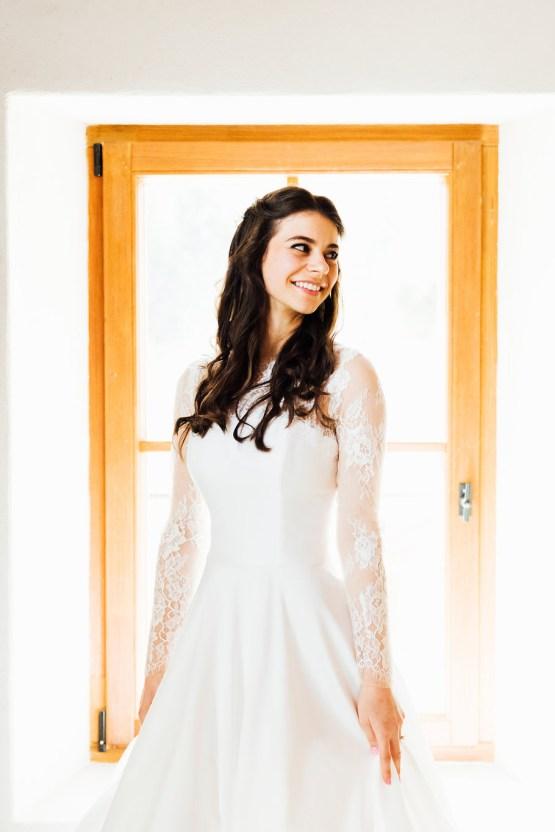 Charming Chamonix Winter Wedding With A Fur Coat – Katie Mitchell 6