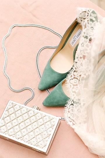 Elegant Blush Parisian Bridal Inspiration Featuring Luxurious Veils and Boudoir Ideas – Bonphotoge 1