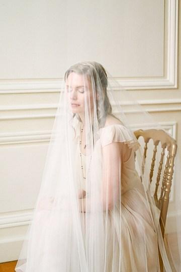 Elegant Blush Parisian Bridal Inspiration Featuring Luxurious Veils and Boudoir Ideas – Bonphotoge 20